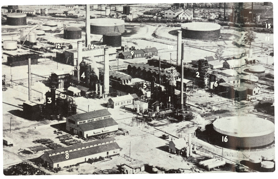 Aerial view of Lion's refinery